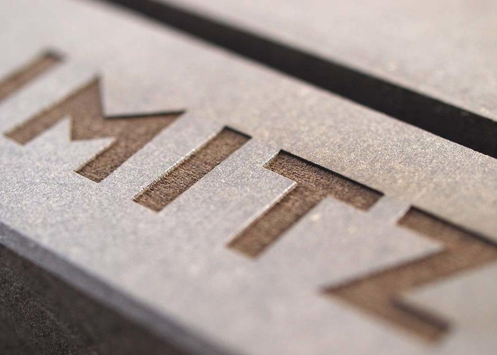 Lasergravering i MDF-plade