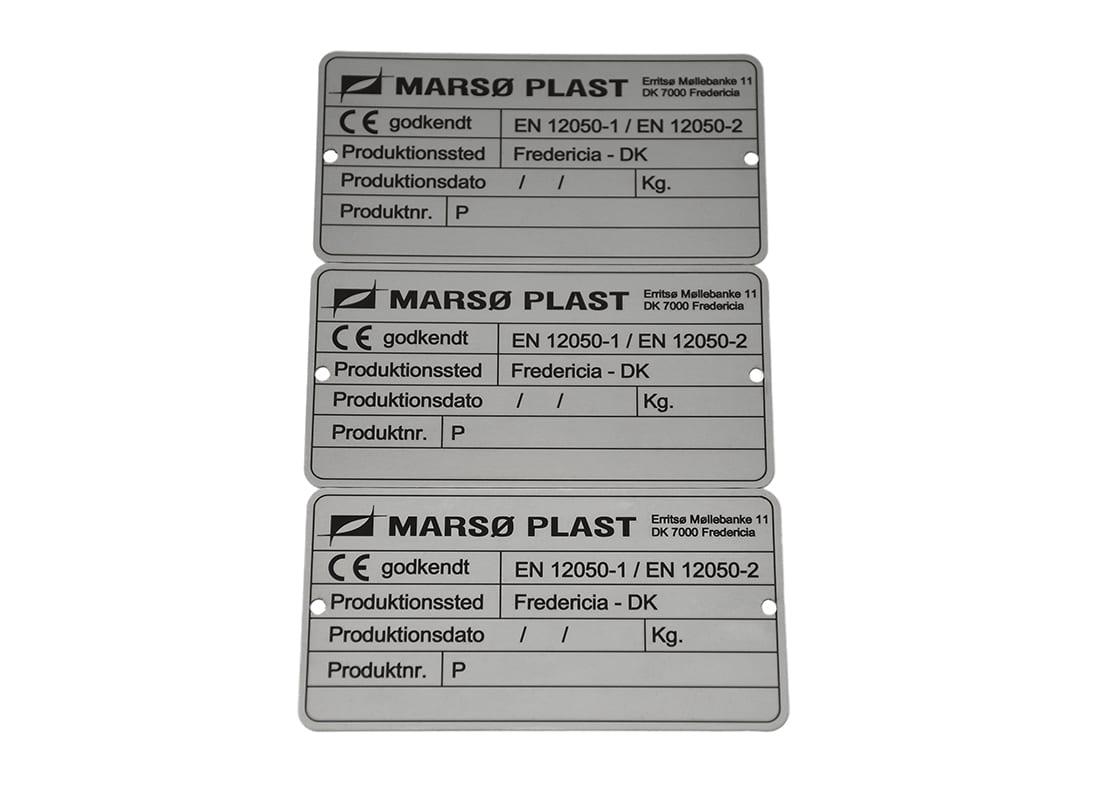 Typeskilt med CE mærkning i stål