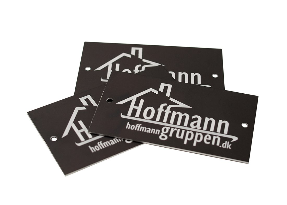 Aluskilte med Hoffman logo
